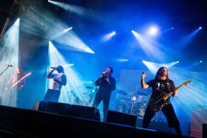 Zé Ramalho e Sepultura no palco Sunset