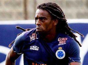 Tinga-Treino-Cruzeiro-Washington-AlvesVIPCOMM_LANIMA20130124_0180_52