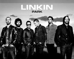 Os integrantes da banda são Chester Bennington, Mike Shinoda, Phoenix, Brad Delson, Rob Bourdon e Joe Hahn.