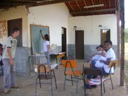 Alunos se sentem incomodados com a falta de estrutura da escola que estudam
