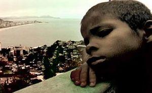 Do alto da Rossinha, Gabriel sonha com um futuro melhor