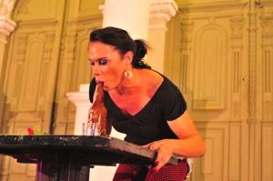 Silvero Pereiro como Gisele Almovodar