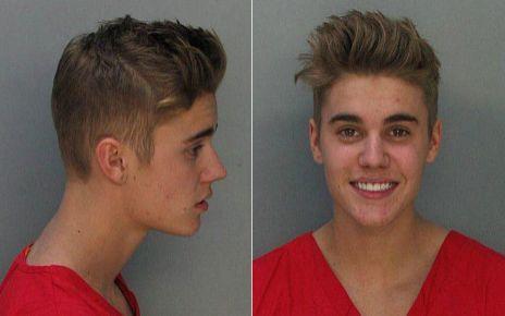 Justin foi preso em Miami Beach, na Flórida, por dirigir embriagado e participar de um racha. O cantor foi fichado, processado e preso. Mas foi solto no mesmo dia após pagar fiança de US$ 2,5 mil