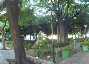 Praça do Passeio Publico 13