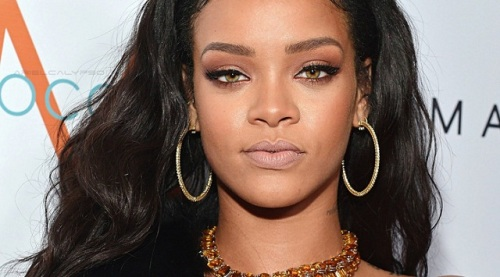 Rihanna será a homenageada da noite no VMA 2016