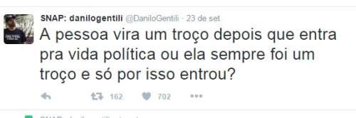 Declaração dada por Danilo Gentili sobre as pessoas ligadas a política.