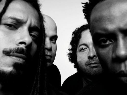 O Rappa. Da esquerda Falcão (vocal), Xandão (guitarra), Lobato (teclado) e Lauro (baixo) (Foto Divulgação)