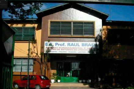 São Paulo faz homenagem aos que ajudaram vítimas do ataque em Suzano - escola raul brasil