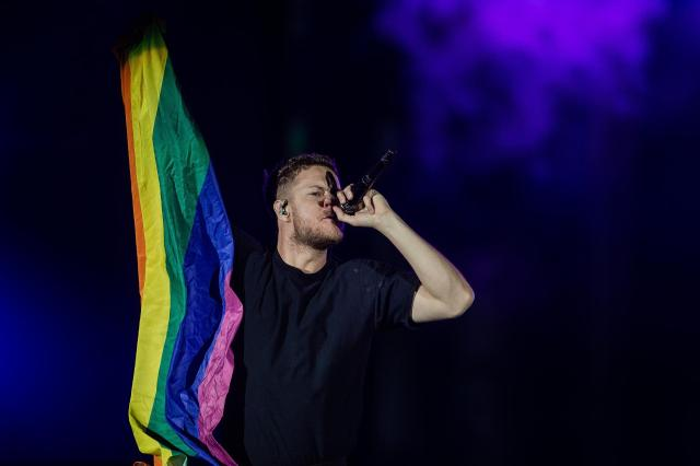dan-reynolds-vocalista-do-imagine-dragons-no-palco-mundo-do-rock-in-rio-1570414424295_v2_1920x1280